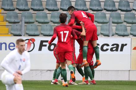 Federação Portuguesa de Futebol - S19    Estatísticas    Títulos ... e966a38e04bbf