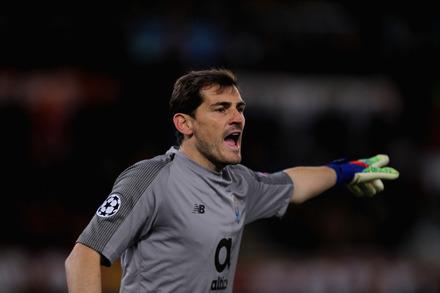 Mourinho insiste na polémica com Casillas  «Sabem porque De Gea tem ... 1039cef36869e