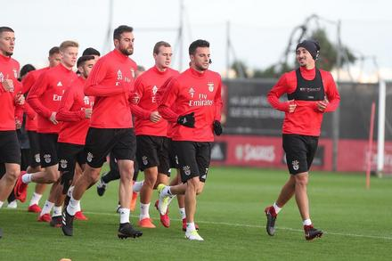 Treino do Benfica antes do derbi