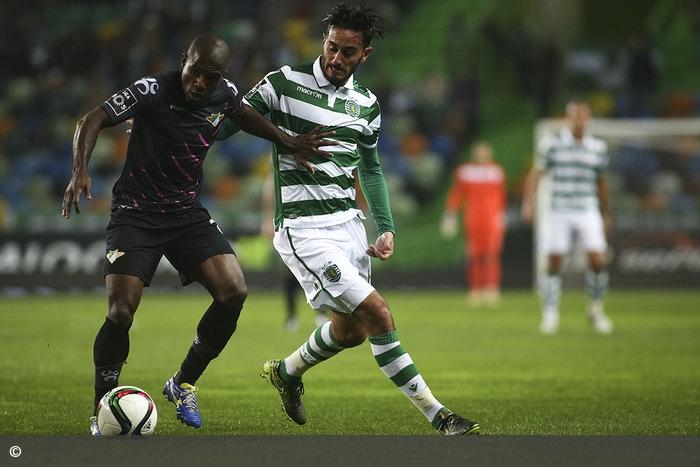 Leão firme no topo da Liga depois de bater o Moreirense em casa