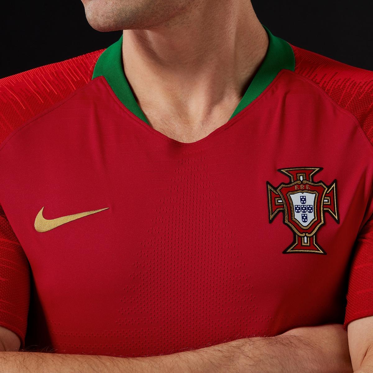 e91f71b9a226d7 Equipamentos oficiais Portugal 2018-2020 :: Fotos :: zerozero.pt