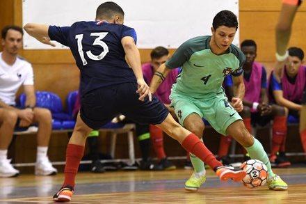 Portugal 2-2 França    Amigáveis Seleções Futsal 2018    Ficha do ... bdfce55814ab2