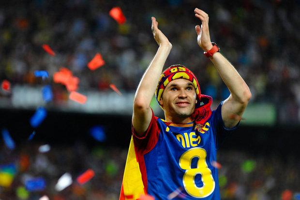 Eis a camisola de homenagem preparada pelo Barça para Iniesta