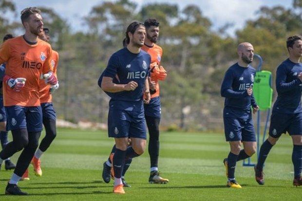 Porto conclui preparação para Alvalade sem recaídas