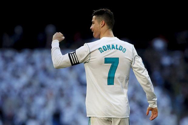 Ao bisar na vitória do Real Madrid frente ao Getafe (3x1) para o  campeonato 2a51c40ec8c8f