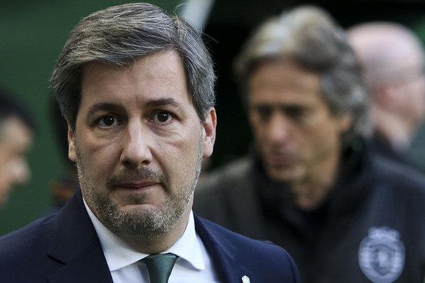 Presidente decide suspender jogadores do Sporting após ser criticado por atletas