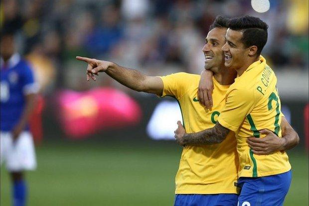 Sem Neymar, Tite convoca seleção para disputar amistosos