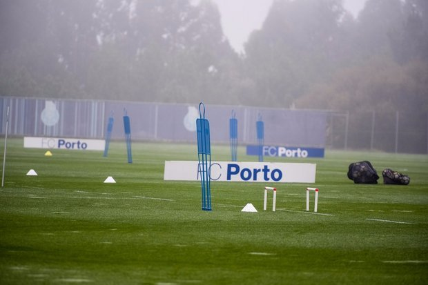 Aboubakar, Marcano, André André e Danilo ainda limitados no FC Porto