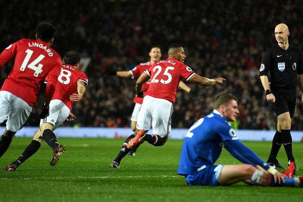 Mourinho está perto de renovar com o United por mais dois anos