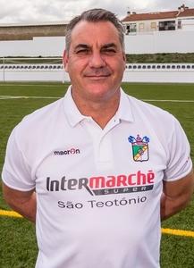 Luís Miguel (POR)