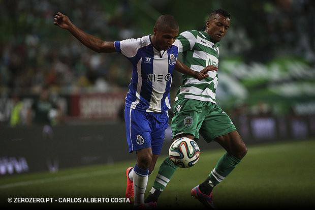 de9139faee Sporting entrou a ganhar no clássico com o golo madrugador de Jonathan  Silva ©Carlos Alberto Costa