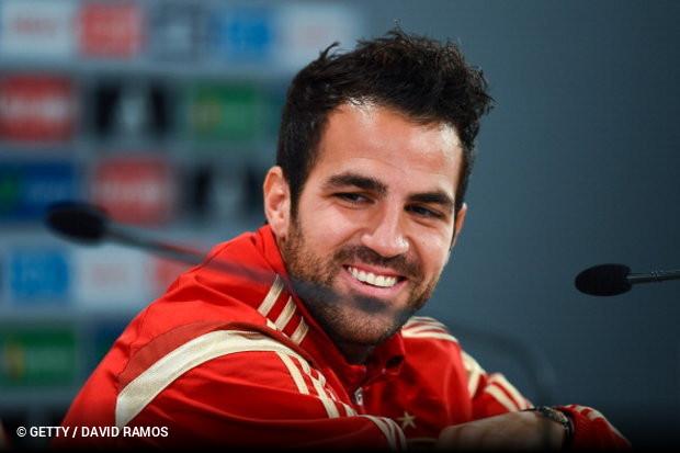 Fàbregas é o mais novo a chegar aos 100 jogos pela Espanha ... 9cf4b4d95cd16