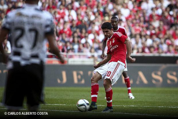 45a9cb836c O Benfica teve que vestir o fato-macaco (especialmente na primeira parte)  para levar de vencida a equipa do Boavista