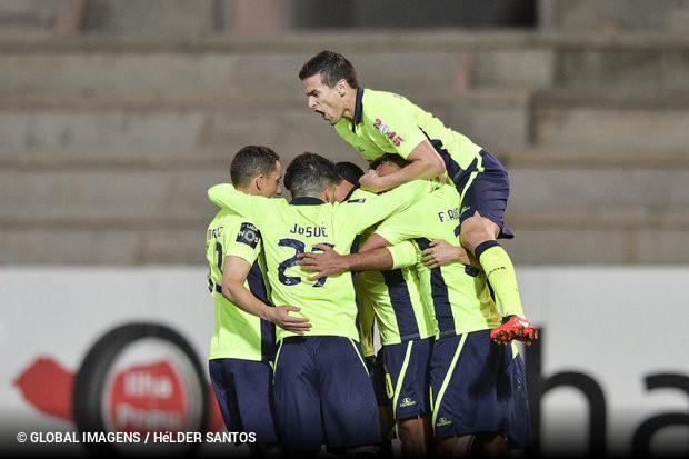 ac4ac3c27b O Braga foi à Suíça vencer por duas bolas a uma