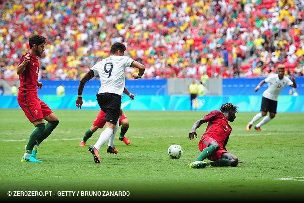Terminou o sonho olímpico de Portugal no Brasil. A seleção orientada por  Rui Jorge foi eliminada «sem espinhas» pela Alemanha 136b9fac3d5ad