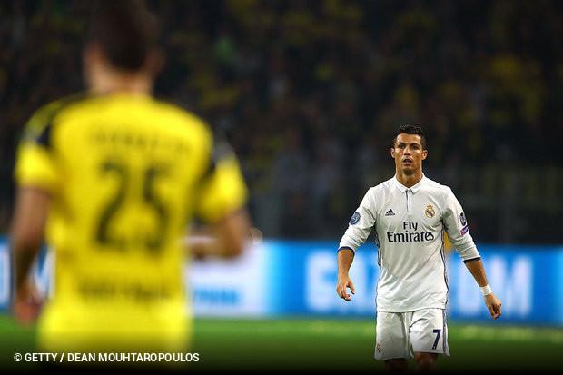 Cristiano Ronaldo dos Santos Aveiro. O internacional português cumpre 445a29640e8dd