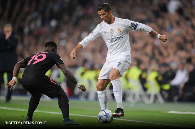 28bf551ff2 Duelo de titãs  Real Madrid x PSG e Barcelona x Chelsea    zerozero.pt