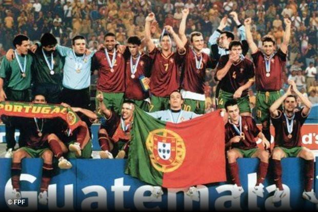 Fernando Jorge Santos Paiva ou simplesmente Náná no mundo do futsal. Campeão  do Mundo e da Europa em Futebol de Salão por Portugal e medalha de Bronze  no ... 1155827052a62