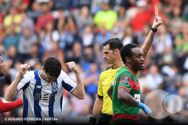 4ba34b7ba4a Acabou-se a maldição portista na Madeira e muito provavelmente também as  esperanças de Sporting e Benfica em serem campeões nacionais.