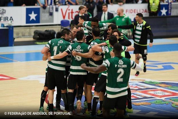 Sporting supera Benfica no dérbi e sagra-se bicampeão nacional ... 9fa4260c29fca