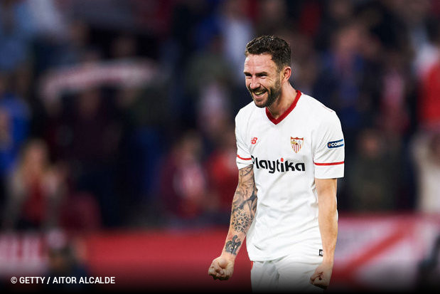 Miguel Layún foi apontado como provável reforço a título definitivo do  Sevilla 634a3cb636cbc