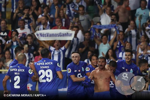 Foi um FC Porto sempre em crescendo aquele que venceu a Supertaça Cândido  de Oliveira 57d22cb373b91