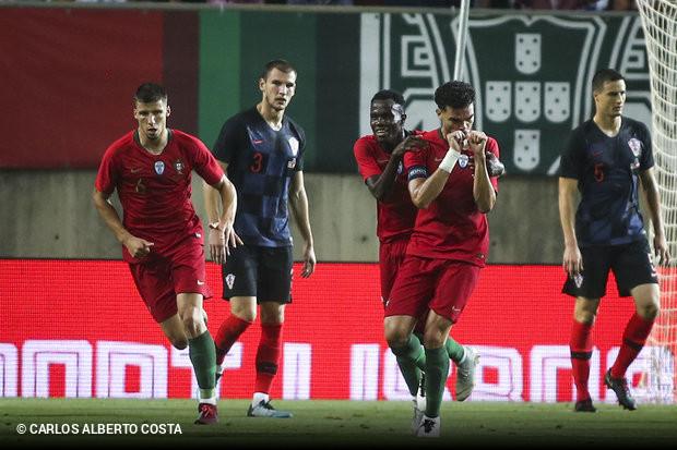 5601eb1d74 Portugal continua sem perder no Estádio Algarve. A seleção portuguesa  empatou frente à congénere croata (1x1)