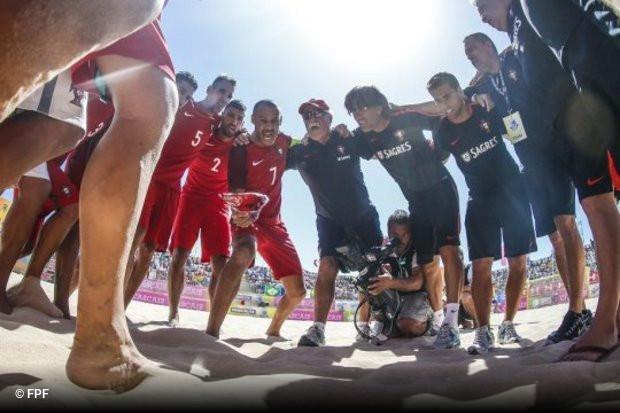 A seleção portuguesa de futebol de praia derrotou por esclarecedores 9x0 a  congénere do Azerbaijão 5d62d118e09f2