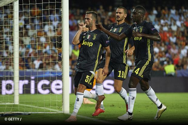 Pjanic comandou na noite em que Ronaldo foi expulso  Mourinho ... f98584139e9e4