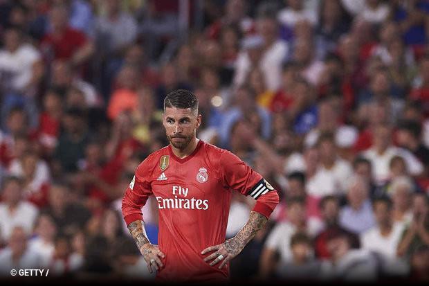 89b4afecd664f O Real Madrid sofreu a primeira derrota na Liga Espanhola e de uma forma  logo clara. A equipa treinada por Julen Lopetegui perdeu em Sevilha por  3x0