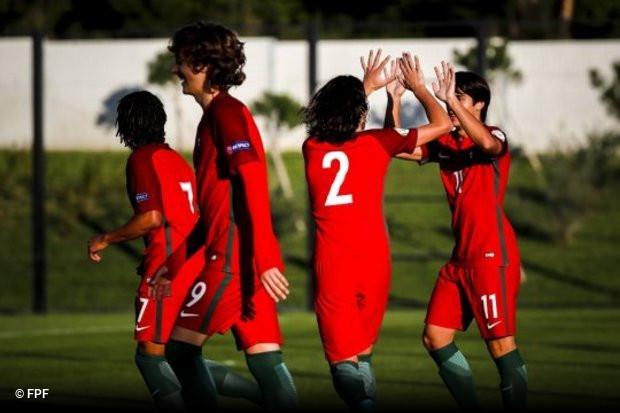 A seleção portuguesa de sub-17 arrancou esta quarta-feira a participação no  1º Torneio de Apuramento para o Europeu de 2019 e o resultado em Aveiro foi  ... b92b1a8da753b