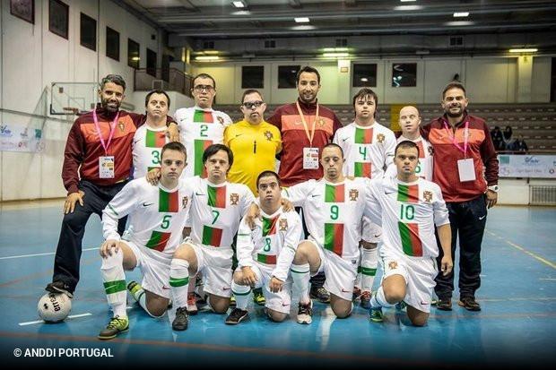Portugal é campeão europeu de futsal para atletas com Síndrome de Down! 5c42662591318