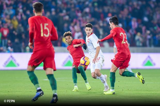 912dcf81bf36f Dia decisivo para as aspirações da seleção de esperanças no que diz  respeito ao apuramento para o Campeonato da Europa de Sub-21