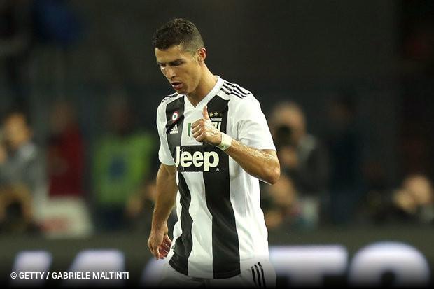 Bomba à vista  Ronaldo nem ao pódio vai na Bola de Ouro    zerozero.pt 5bd5df98cd0eb