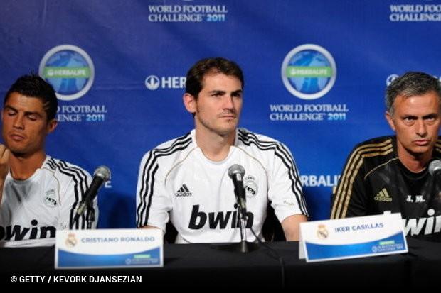 O treinador do Manchester United não gostou das palavras de Iker Casillas e bbb826262f4d9