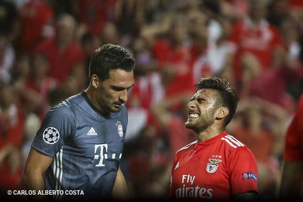 9c89d902a1 O Benfica divulgou nesta manhã de segunda-feira a lista de convocados para  a deslocação ao terreno do Bayern