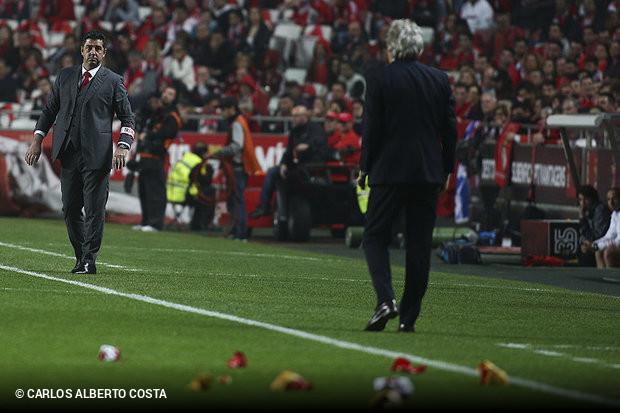 ce130379ec A imprensa desportiva desta quinta-feira é unânime a revelar que Rui  Vitória vai deixar de ser o treinador das águias e que esse processo terá  contornos ...