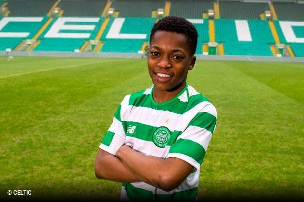 Prodígio de 15 anos do Celtic já tem contrato profissional ... d50e23e4bac95