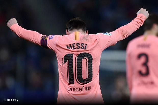 72abcbf4c2dc5 Uma faceta diferente de Lionel Messi. A estrela do Barcelona e da seleção  argentina