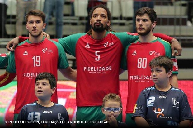 Fábio Magalhães e Gilberto Duarte continuam escalada na lista dos ... b1d00cdcf8211