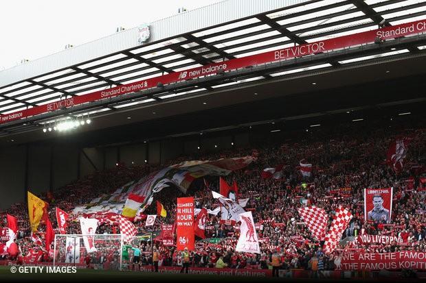 Os clubes integrantes da Premier League decidiram em conjunto manter preço  máximo dos bilhetes destinados aos adeptos das equipas visitantes na ordem  das 30 ... e99b5b67f68ff