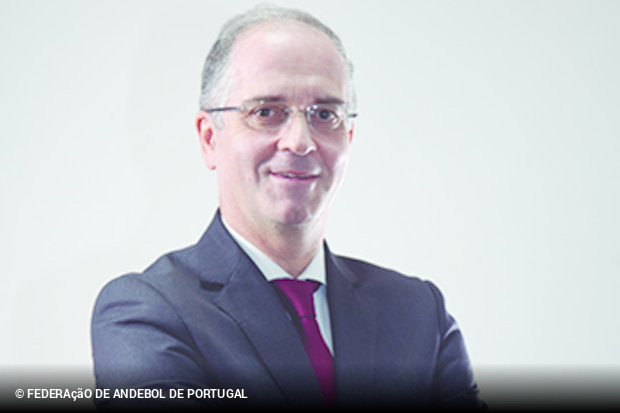 http://www.zerozero.pt/wimg/n250614b/miguel-laranjeiro-iii-divisao-mais-economica-i-divisao-femin.jpg